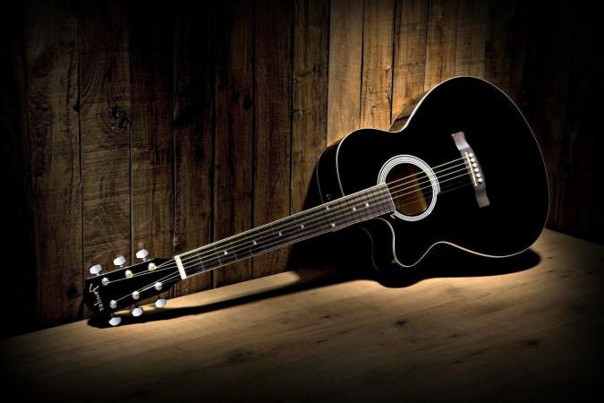 چگونه گیتار بزنیم