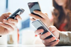 آموزش مراقبت از گوشی برای استفادهی طولانی مدت