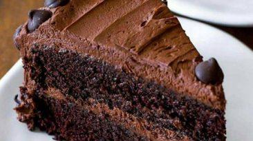 طرز تهیه کیک شکلاتی با کره خامه شکلات