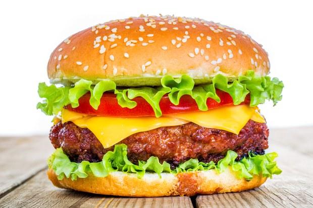 چگونه همبرگر خانگی بسازیم